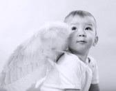 Niño vestido de angelito