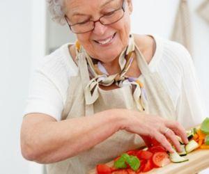 abuela-cocinando