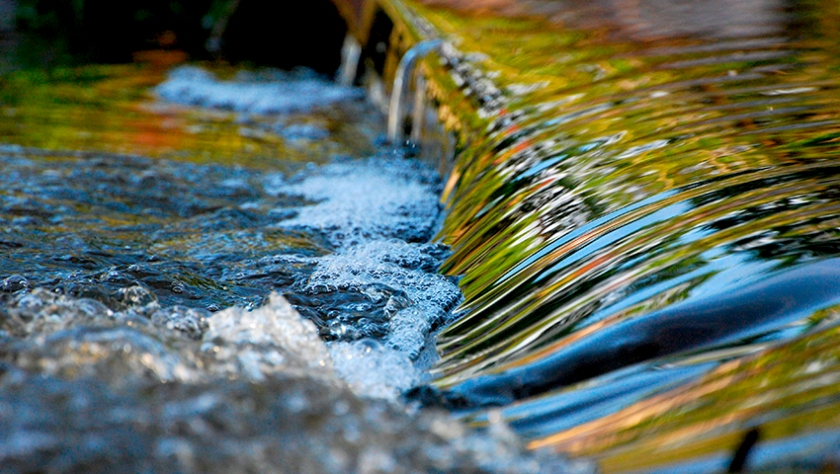 rio fluir emociones gestion emocional habilidad emocional psicologia agua fresca verano