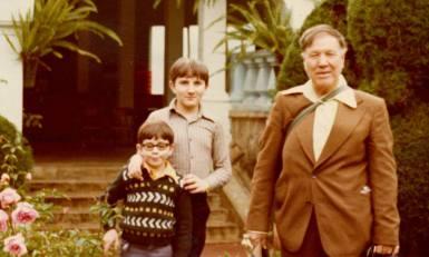Papá Miguel con sus hijos Fer y Gabriel